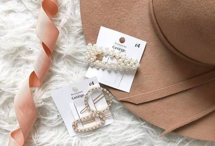 pearl hairl slides from george at asda with a beige dorothy perkins hat